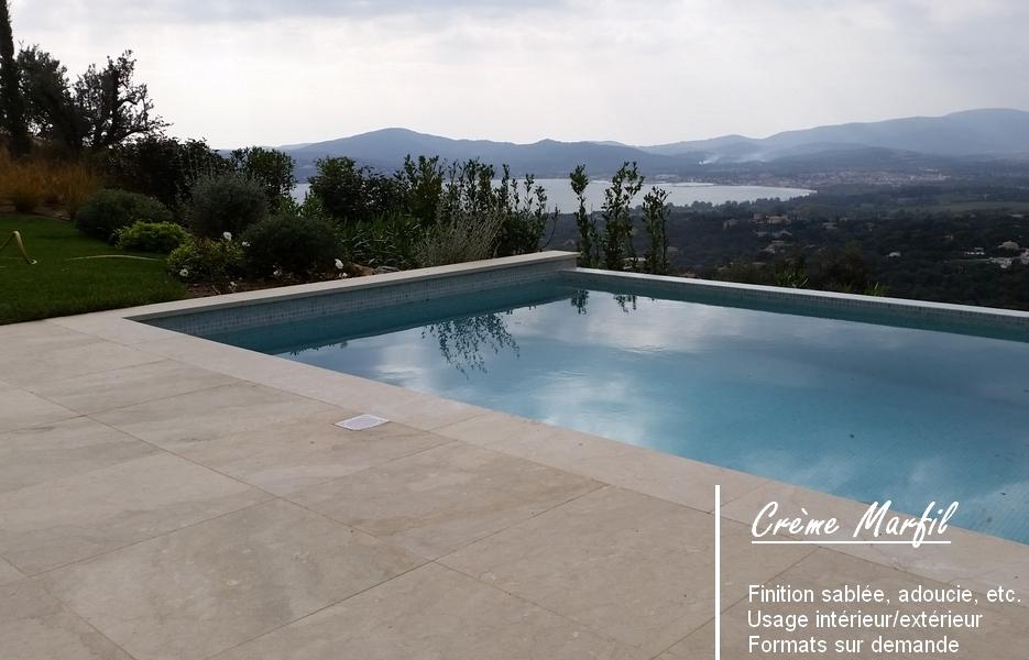 Dallage et margelle ambiance contemporaine espaces pierres marbres - Margelle piscine contemporaine tours ...